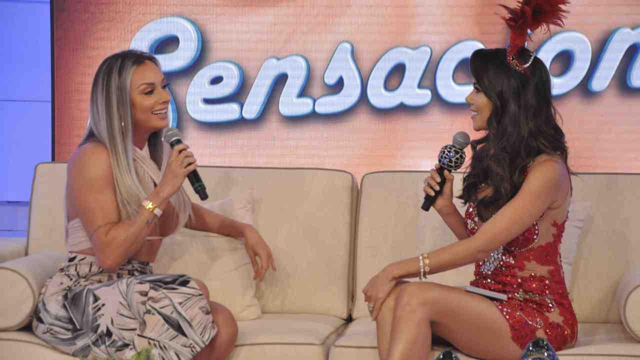 Juju Salimeni  e Daniela Albuquerque (Foto: Divulgação/RedeTV!)