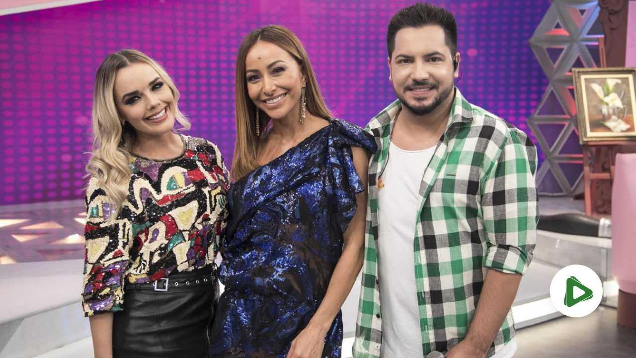 Thaeme & Thiago e Sabrina Sato (Foto: Edu Moraes/Record TV)