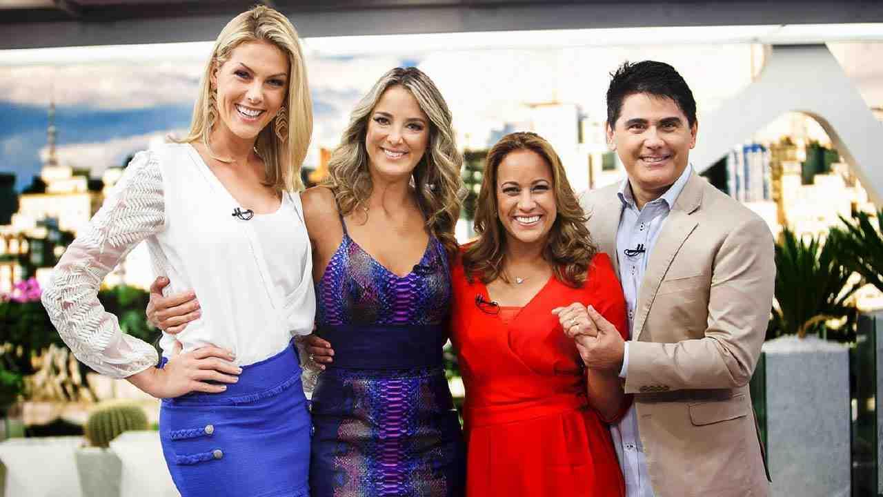 Ana Hickmann, Renata Alves, Ticiane Pinheiro e Cesar Filho, apresentadores do 'Hoje em Dia' (Divulgação: RecordTV)