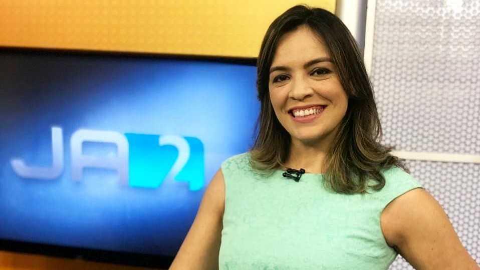 Lorena Gomes também apresentou o JA2 no interior de Goiás