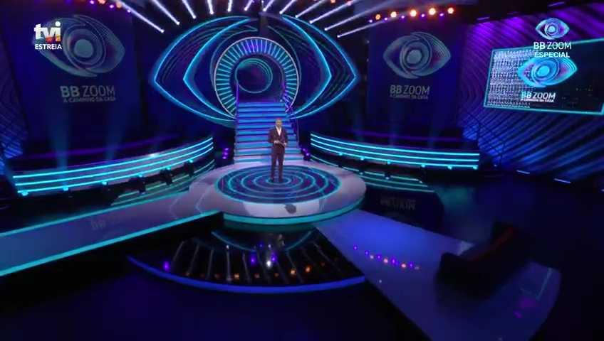 Claudio Ramos apresentando a estreia do Big Brother Portugal