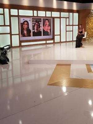 Luciana Gimenez com Gkay, Fábio Porchat e Valesca Popozuda no Superpop