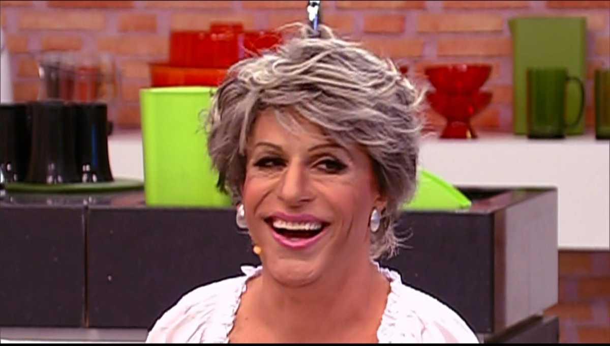 Tom Cavalcante como Ana Maria Bela em Show do Tom