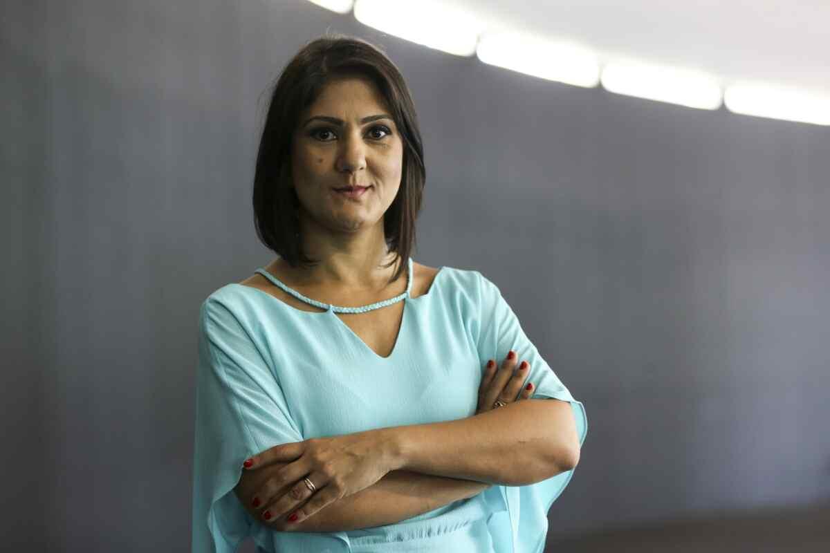 Jornalista Roseann Kennedy